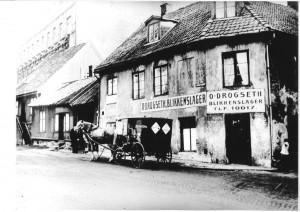 Drogseth blikkenslageri i Vika Oslo ca. 1920.